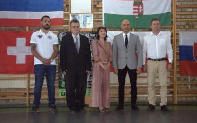 Edzőtáborok és új támogatók az északi régióban